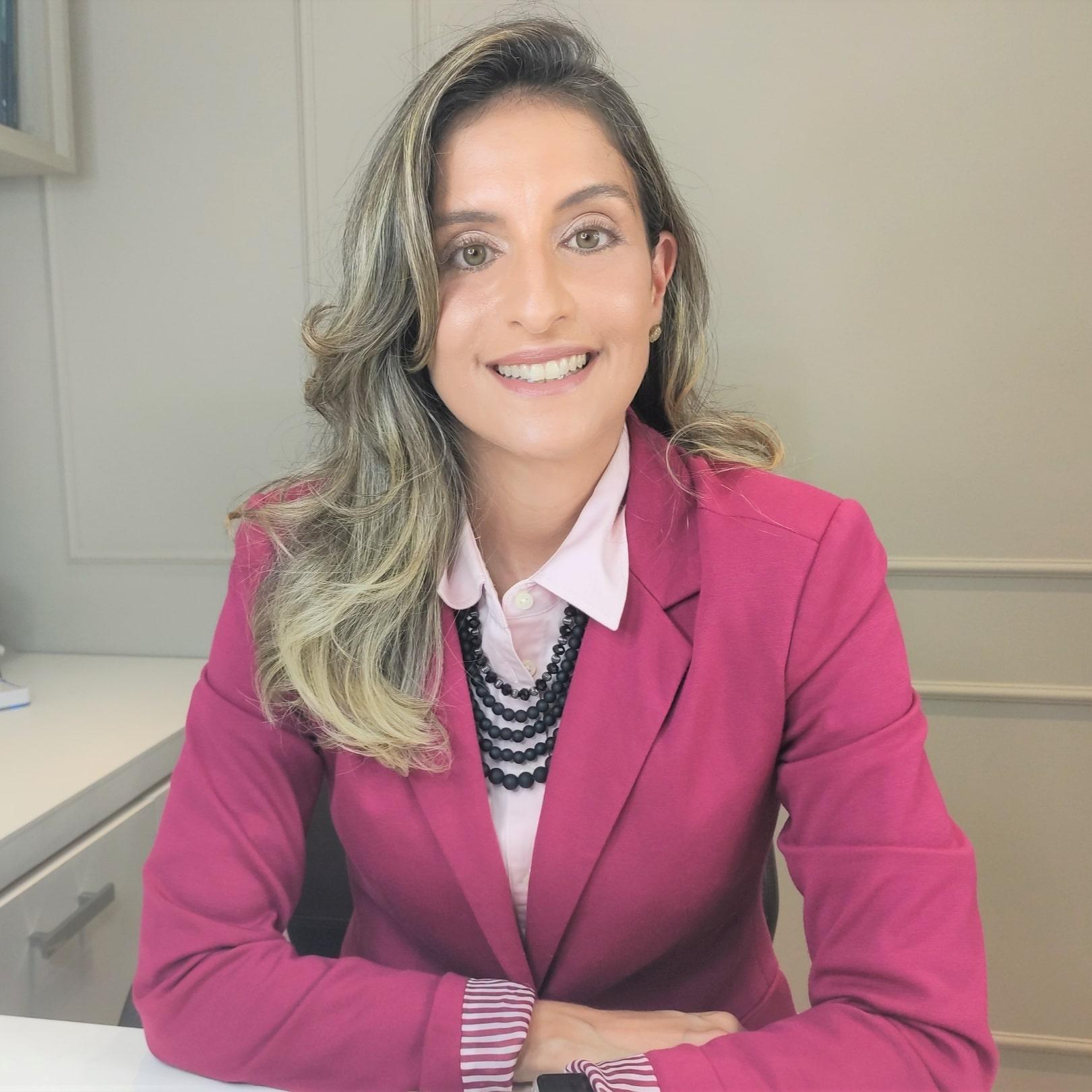 Ginecologista Especialisata em Miomas Uterinos